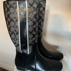 Coach Rain Boots, size 8 ☔️